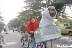 E.T. the Extra-Terrestrial 1982 photo.